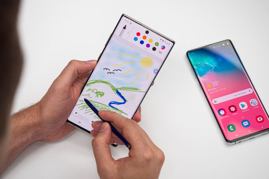 Samsung-Galaxy-Note-10-vs-Samsung-Galaxy-S10-015.jpg
