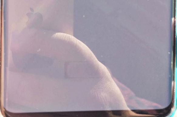 FireShot-Screen-Capture-269-dark-shade-of-under-fingerprint-scanner-is-v…-I-Samsung-Galaxy-S10-forum_xda-developers_com_galaxy-s10_help_dark-sh.png