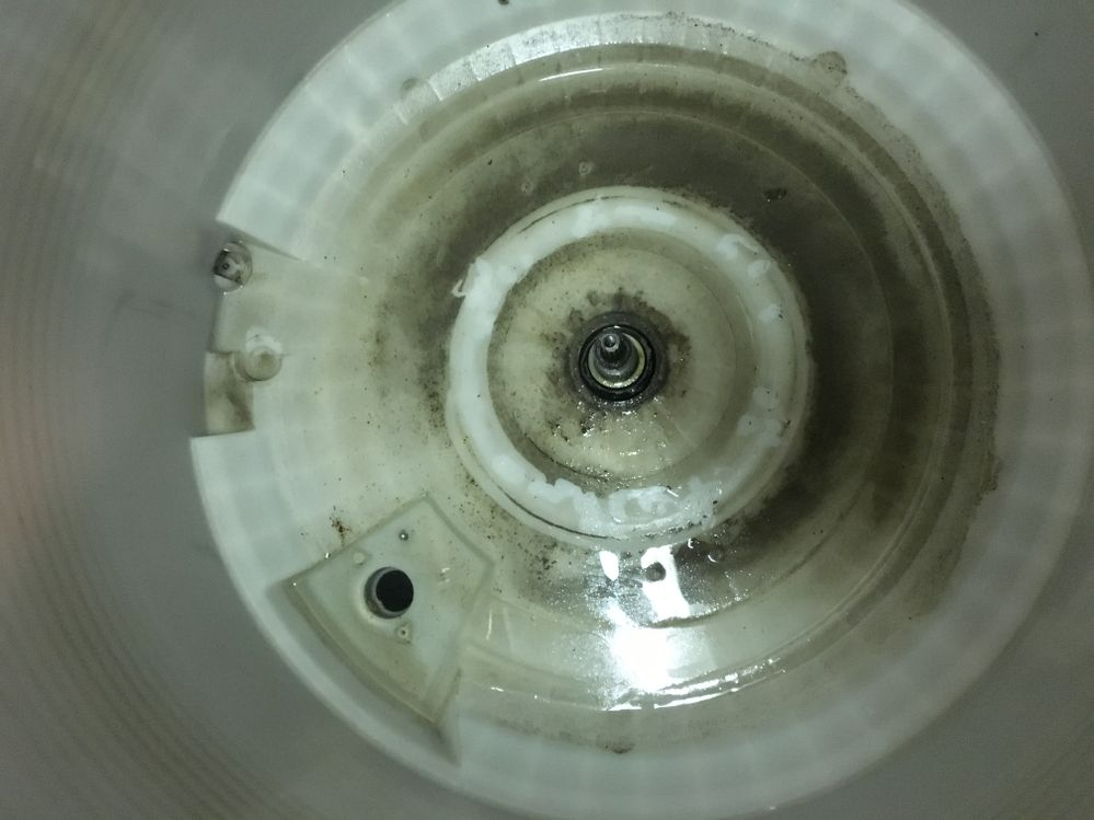 how to get rid of mildew in washing machine