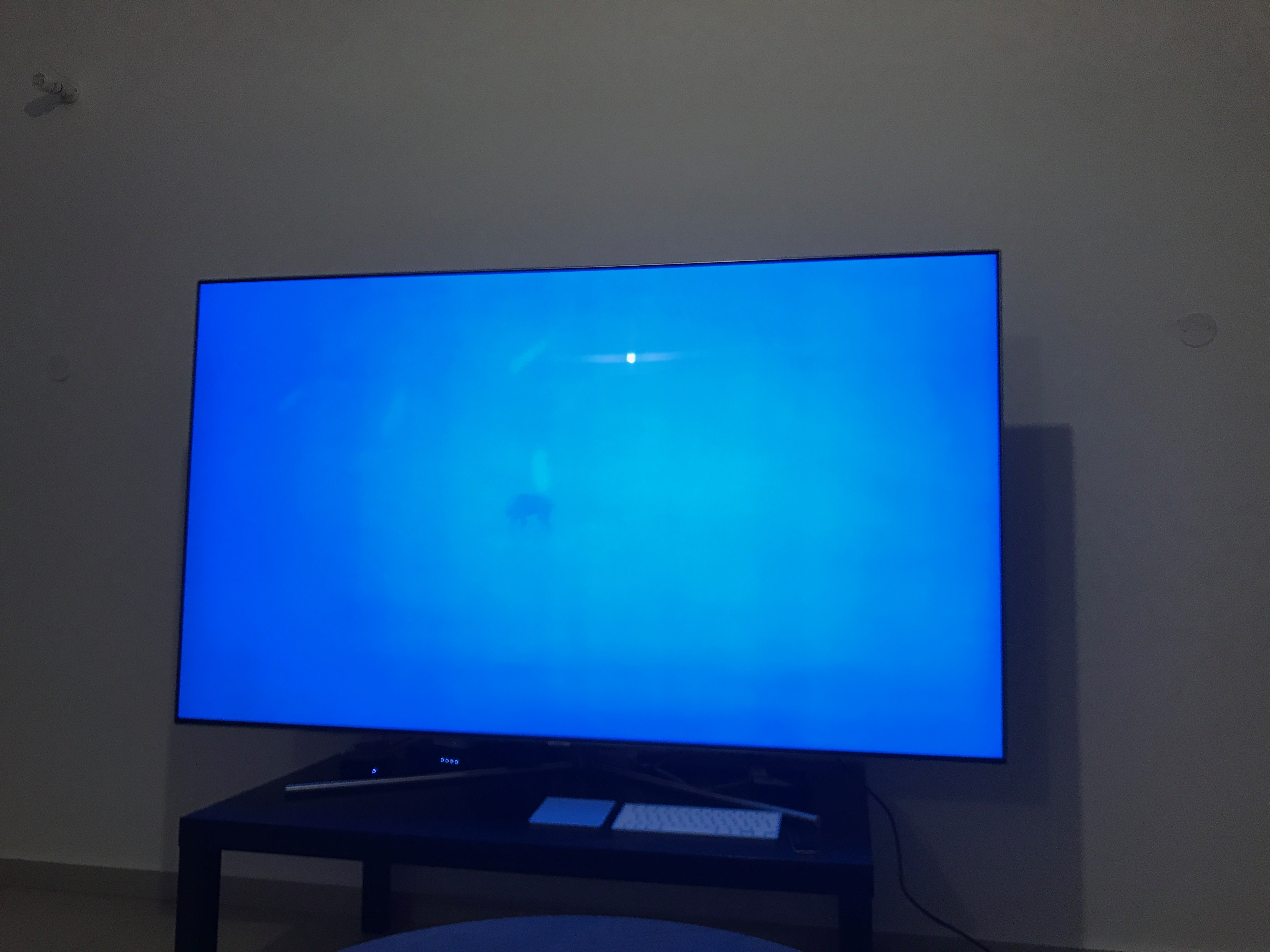 Solved Vertical Lines On 75inch Q7f Samsung Community 148779